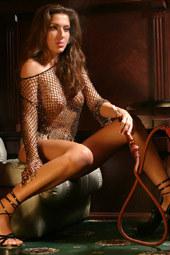 Perfect body nude goddess is smoking hookah
