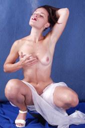 Sexy smoking nude brunette